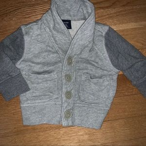 Gap sweater for infant size 3-6 months